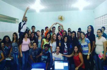 Equipe de Linguagens realiza aula interdisciplinar no Polo de Mamanguape